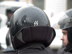 Киевские милиционеры оденут шлемы с индивидуальными номерами - Цензор.НЕТ 3840