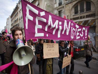 Схваченные вКраснодарском крае феминистки отпущены насвободу