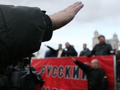Путин, ложно обвиняя украинцев в фашизме, сам сотрудничает с настоящими фашистами, - американский историк - Цензор.НЕТ 475