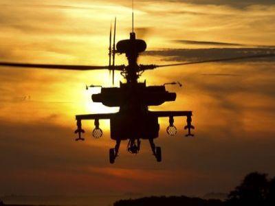 США перебросили вВосточную Европу десятки военных вертолетов Black Hawk иChinook