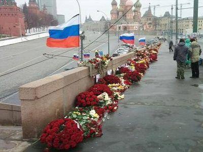 Власти Москвы третий раз ликвидировали народный мемориал Немцова - Цензор.НЕТ 1877