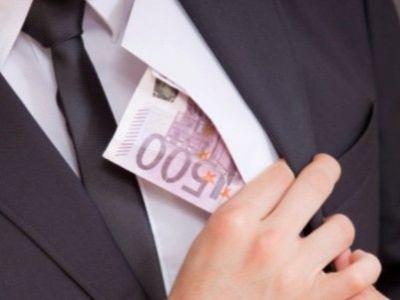 ФНС впервый раз взыскала долги побанкротству снаходящегося зарубежом владельца компании