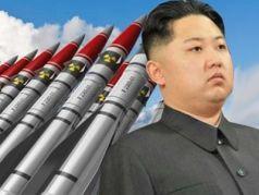 Ким Чен Ын равно ракеты. Фото: moscow-post.com