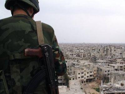 Российский военнослужащий в Сирии. Фото: vistanews.ru.