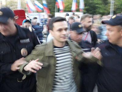 Яшин предложил мэрии столицы провести «День свободных выборов» наСахарова
