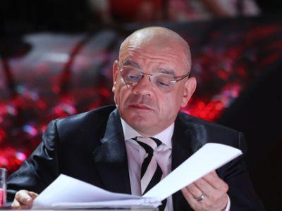 Одиночными пикетами встретили Константина Райкина вНовосибирске