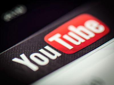 Видеоблогер Kamikadze обвинил русский кабинет YouTube вцензуре впользу Кремля