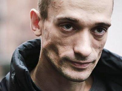 Петр Павленский уехал из Российской Федерации ипросит убежище воФранции
