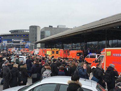 Предпосылкой отравления пассажиров ваэропорту Гамбурга назвали перцовый газ