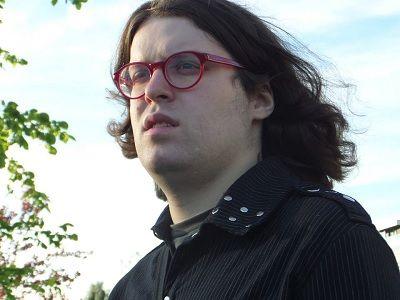 ЛГБТ-активисты Олег Васильев иВиктория Мирошниченко находятся натерритории РФ