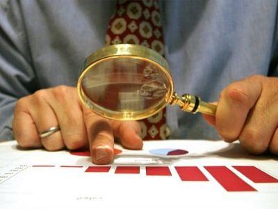 Связанные сМедведевым фонды утаивают информацию оденежных поступлениях и хороших делах