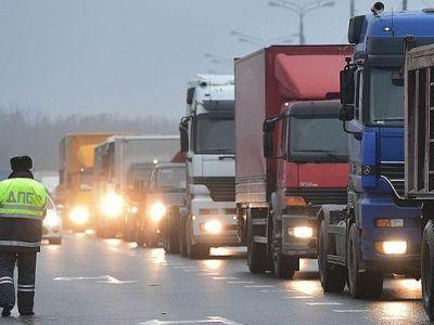 Ультиматум Медведеву: свердловские дальнобойщики обещают отправить колонну в российскую столицу