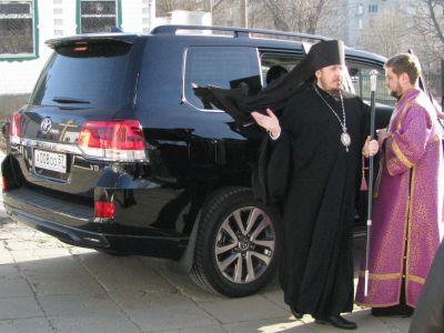 Епископ РПЦ потребовал удалить все публикации онем ссайта СМИ