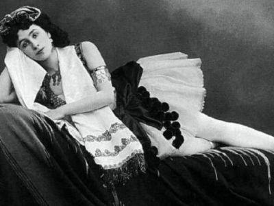 Магазины отказывались торговать роман о«Матильде» из-за боязни поджогов