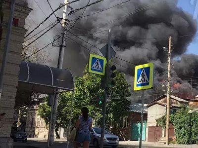 ВРостове-на-Дону снова загорелись частные дома