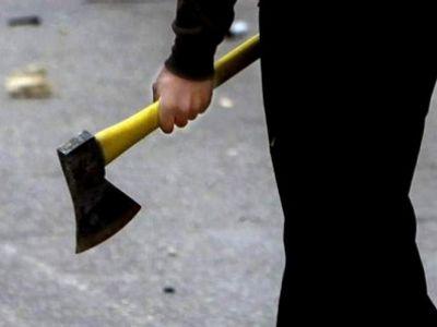 Волгоградский школьник пришел в класс с топором и канистрой бензина