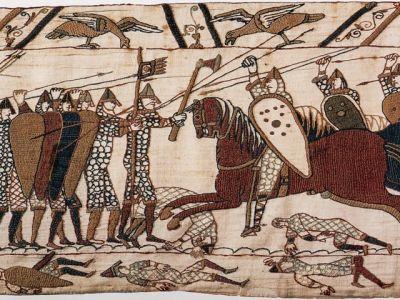 Битва при Гастингсе, 1066 г. (гобелен из Байё). Иллюстрция: fabrika-himchistki.ru