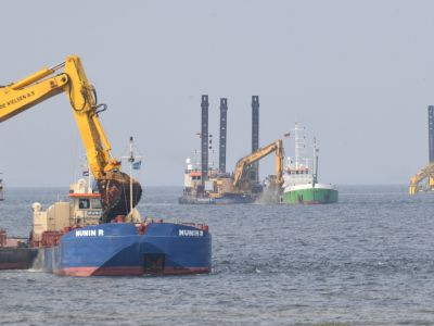 """Немецкие экологи вновь пытаются в суде остановить разрушение морской среды """"Северным потоком"""" photo"""